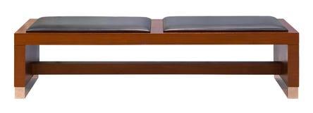 Деревянная скамья Брайна при 2 мягких кожаных изолированного места, Стоковое Фото