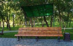 Деревянная скамья! Стоковое Фото