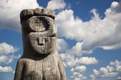 Деревянная статуя идола Стоковая Фотография RF