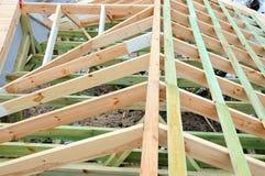 Деревянная структура здания Здание деревянной рамки Деревянная конструкция крыши фото для дома дом moscow города здания Стоковое Фото