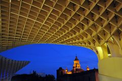 Деревянная структура с геометрическими картинами фотоснимок захваченный с творческой перспективой Стоковое Изображение