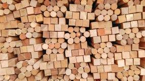 Деревянная текстура - в квадрате блока и предпосылке круга Стоковая Фотография