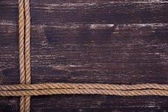 Деревянная текстура grunge с веревочкой Стоковые Фото