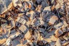 Деревянная щепка рециркулированная древесина дружественный к Эко обрабатывать стоковые изображения rf