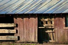 деревянное амбара старое стоковое изображение