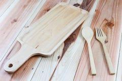 Деревянное блюдо Стоковые Фотографии RF