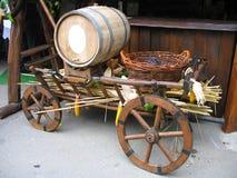 деревянное виноградин тележки бочонка старое Стоковая Фотография RF