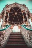Деревянное газебо в парке adronada стоковое фото rf