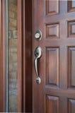 деревянное двери переднее Стоковое Изображение