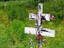деревянное кладбища перекрестное старое русское Стоковые Изображения