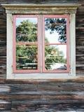 Деревянное окно на старой стене Стоковое фото RF