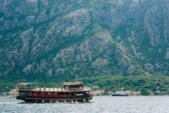 Деревянное парусное судно Черногория, залив Kotor Стоковые Фотографии RF