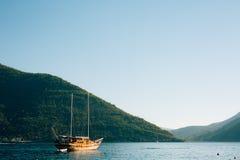 Деревянное парусное судно Черногория, залив Kotor Стоковое фото RF