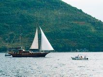 Деревянное парусное судно Черногория, залив Kotor Стоковая Фотография