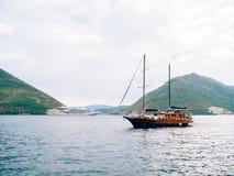 Деревянное парусное судно Черногория, залив Kotor Стоковые Изображения