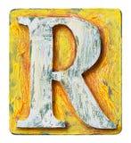Деревянное письмо r алфавита Стоковая Фотография