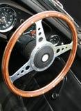 Деревянное рулевое колесо - родстер MGB Стоковые Изображения RF
