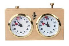 деревянное шахмат изолированное часами белое Стоковые Изображения RF