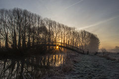 Деревянное Footbrige на восходе солнца над рекой Темзой Стоковое Фото