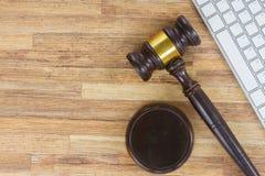Деревянное gawel закона Стоковая Фотография