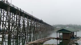Деревянное @Thailand моста понедельника Стоковая Фотография RF