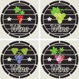 Деревянные бочки с группами виноградины вина иллюстрация штока