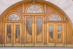 Деревянные двери Стоковое Изображение