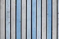 Деревянные голубые и белые вертикальные доски Предпосылка для конструкции Стоковые Изображения
