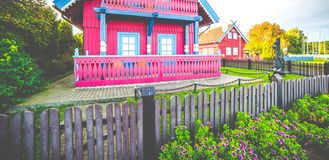 Деревянные дома и загородка стоковое фото rf