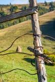 Деревянные детали загородки обернутые проводом Стоковая Фотография RF