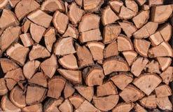 Деревянные журналы, лучи, швырок древесина серии Предпосылка деревянного журнала деревянная топливо Сбор швырка на зима Стоковые Изображения RF