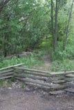 Деревянные загородка и путь стоковые изображения rf
