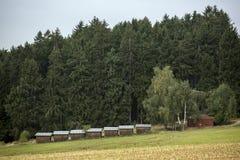 Деревянные коттеджи лагеря разведчика Стоковые Фотографии RF