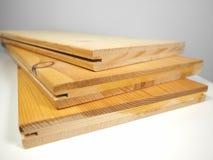 Деревянные планки на таблице Стоковые Изображения