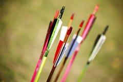 Деревянные стрелки для конца смычка вверх Стоковые Изображения RF