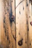 Деревянные электрические вьюрки провода Стоковые Фото