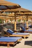 Деревянные sunloungers Стоковые Фото