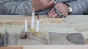 Деревянный гравер сток-видео