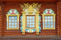 Деревянный дворец царя Aleksey Mikhailovich в реконструкции Kolomenskoe, Москвы, России Стоковые Фотографии RF