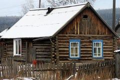 Деревянный деревенский дом Стоковое Изображение RF