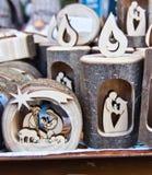 Деревянный держатель для свечи с сценой рождества стоковые изображения rf
