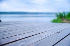 Деревянный док на озере Стоковое Изображение RF