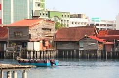Деревянный дом на воде, молах клана, Джорджтауне, Penang, Malaysi Стоковая Фотография