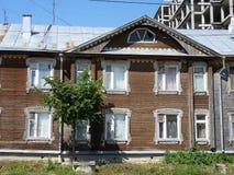 Деревянный дом 2-этажа Стоковые Фото
