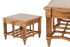 Деревянный изолированный журнальный стол Стоковые Фотографии RF