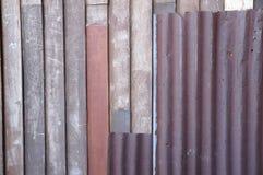 Деревянный и цинк для предпосылки сети Стоковая Фотография RF