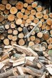 Деревянный и штабелированный с осью Стоковые Фотографии RF