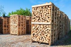 Деревянный комплекс для продажи на депо Стоковое Изображение