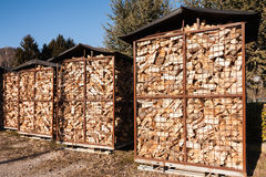 Деревянный комплекс для продажи на депо Стоковые Изображения RF