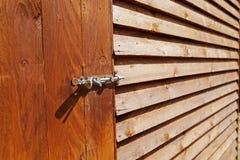 Деревянный крупный план сарая и замка Стоковое фото RF